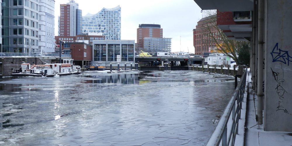 Hamburg locks 1 – The Schaartor Lock